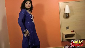 indian girls saree yr black 16 in Hot mom rio talk